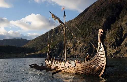 Viking ship decorated with a dragon's head