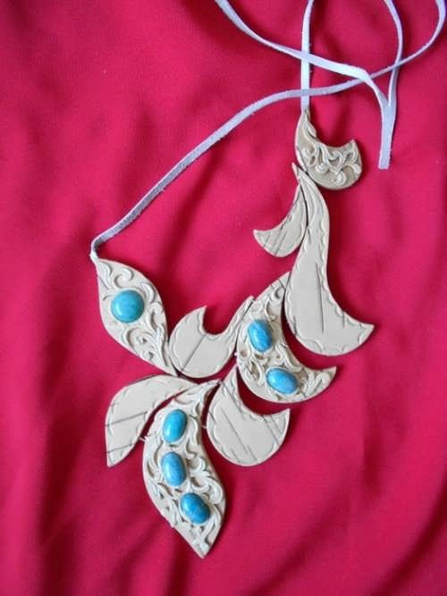 Necklace made of birch bark