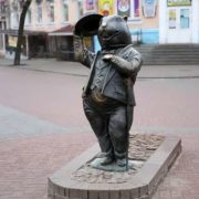 Monument to beaver in Bobruysk