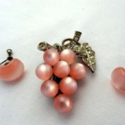 Charming grape jewelry