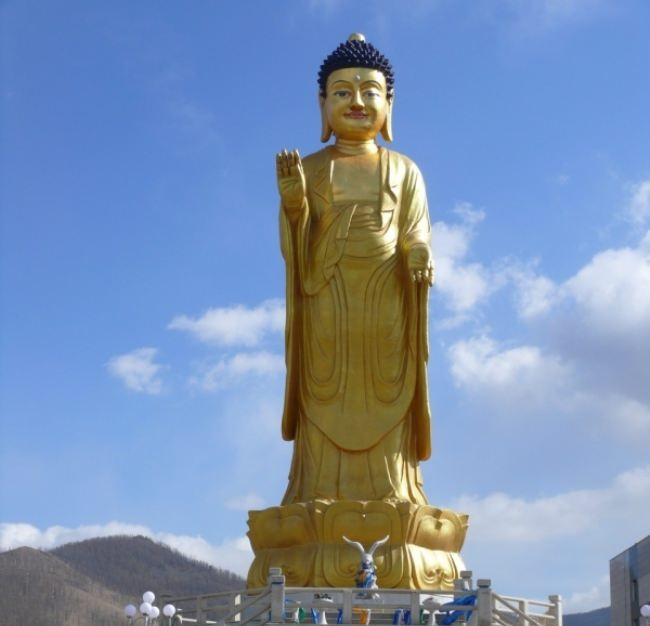 Buddha International Park is located at the foot of the Zaisan hill