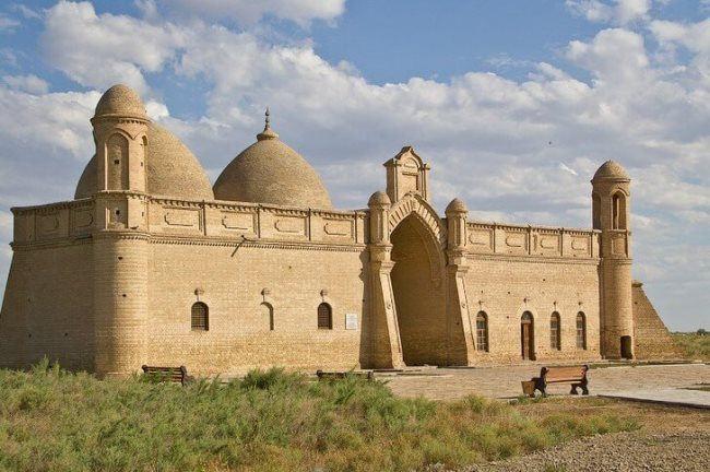 Arystan Bab Mausoleum