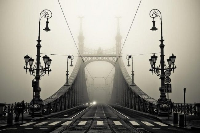 Bridge of Freedom, Budapest