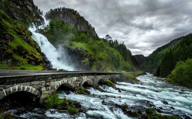 Lotefossen waterfall, Odda, Norway