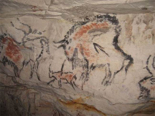 Rock paintings in Kapova Cave