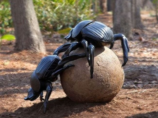 Monument to the Scarab beetle in Ashboro, North Carolina, USA