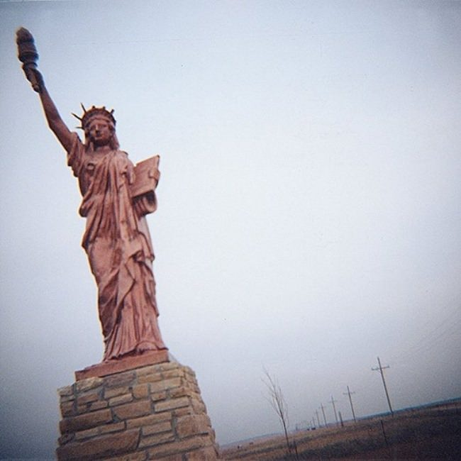 Statue of Liberty along the highway to the north-east of Kansas
