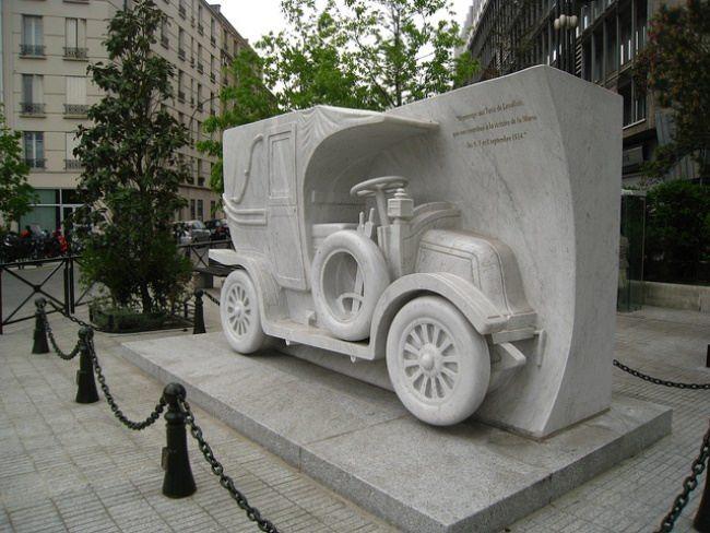 Monument to Renault in France