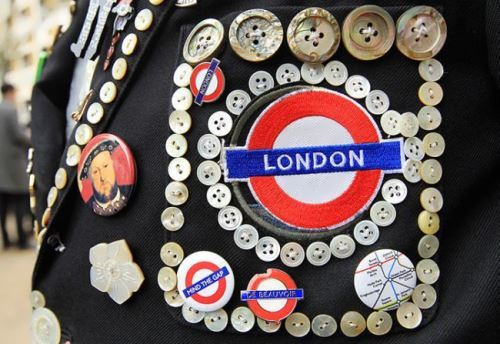 Pearlies - symbol of London