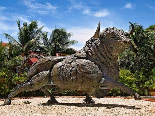 Monument to the bull in Mexico