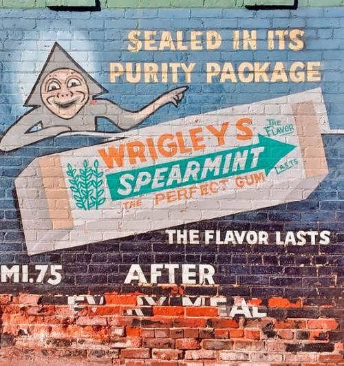 Chewing gum advertisement
