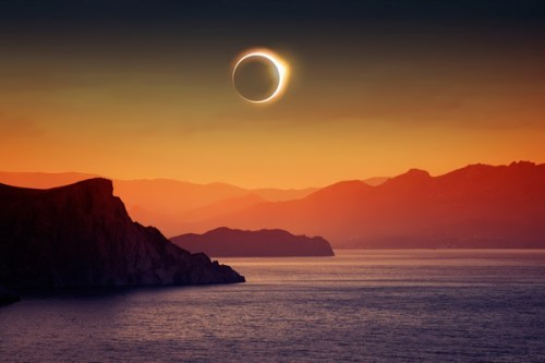 Total solar eclipse on March 6, 2016