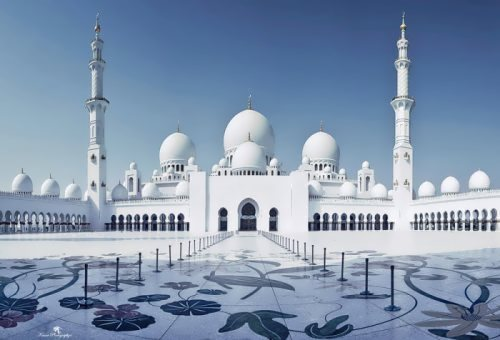 Most unusual churches. Sheikh Zayed Mosque