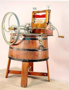One of the first washing machine. USA, XIX century