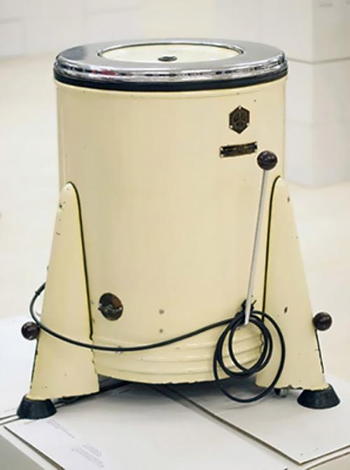 The first Soviet washing machine