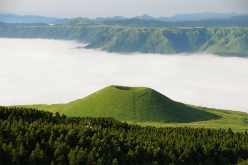 Misty Sea in Kumamoto. Photo Kohji Asakawa