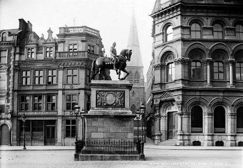 College Green, Dublin.Statue of William III aka William of Orange on College Green.Dame Street in Dublin.May 1890