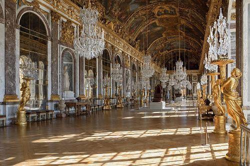 Wonderful Hall of Mirrors
