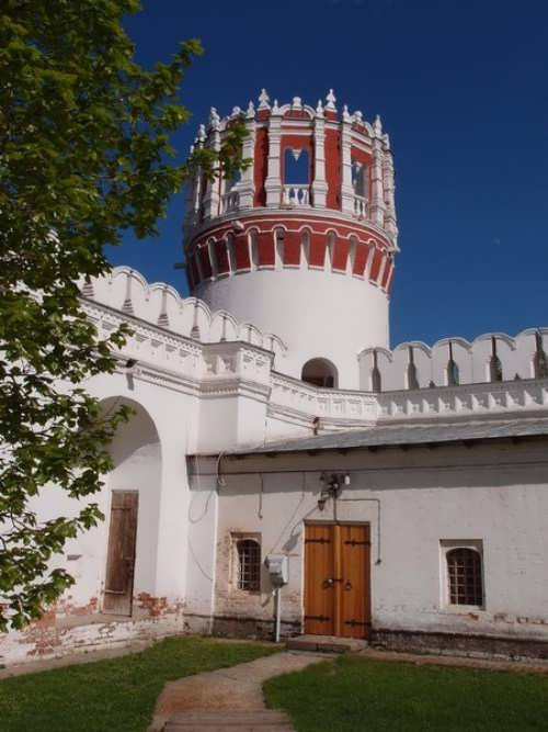 Corner Nickolskaya tower