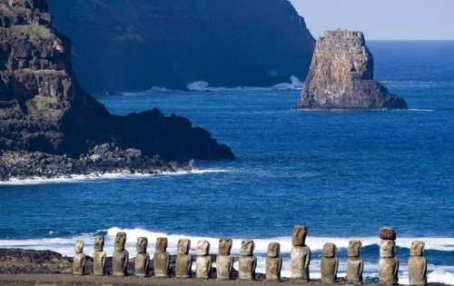 Amazing moai