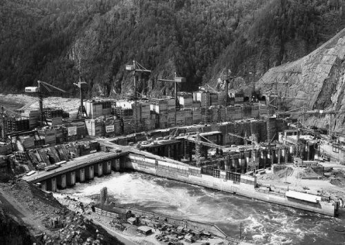 Construction of Sayano-Shushenskaya HPP