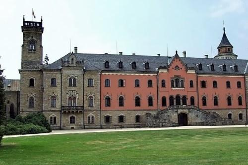 Sikhrov Castle