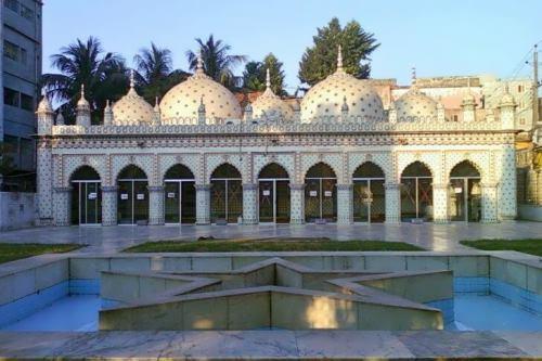Star Mosque, Tara Masjid