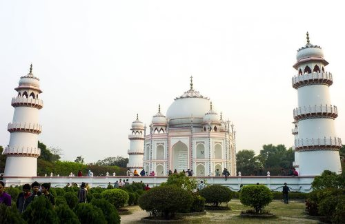 Taj Mahal Bangladesh