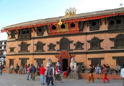 Kumari Ghar (or Kumari Chowk)
