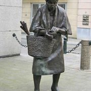 Monument to old lady in Brussels, Belgium