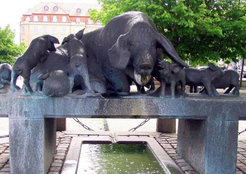 Sculptor Mogens Boggild