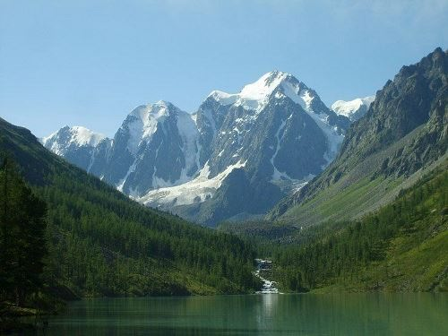 Shavlinsky Lake