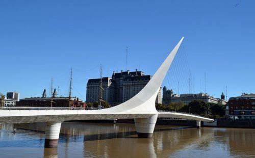 Woman's Bridge - Puente de la Mujer