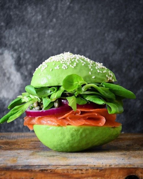 An avocado hamburger
