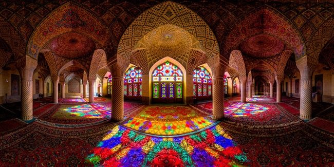 Attractive Nasir ol Molk Mosque
