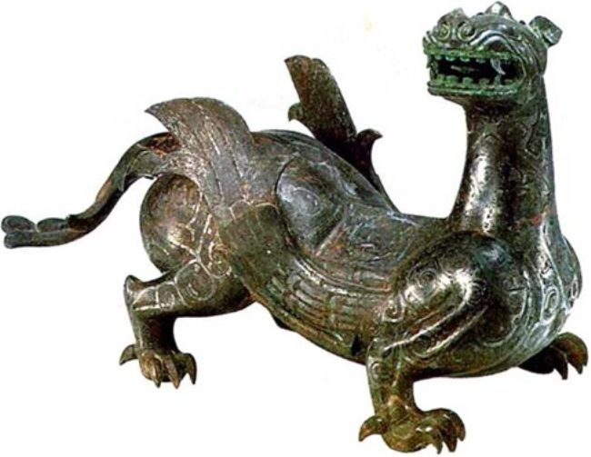 Bronze statuette of dragon