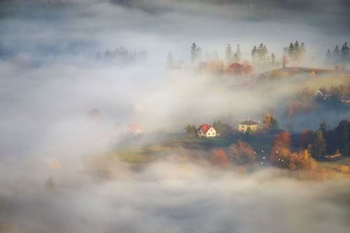 Different worlds. Photo Marcin Sobas