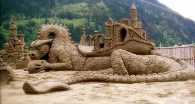 Dragon made of sand