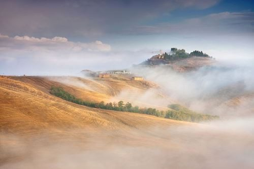 Misty hills. Photo Marcin Sobas
