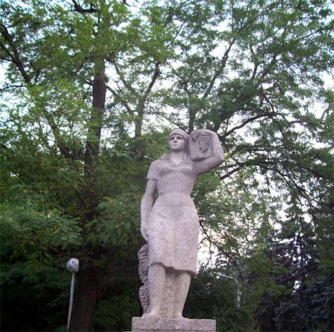 Monument to grape pickers in Stavropol, Russia