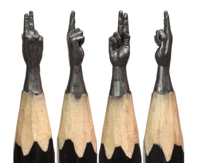 Amazing pencil carving by Salavat Fidai