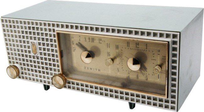 Pretty radio