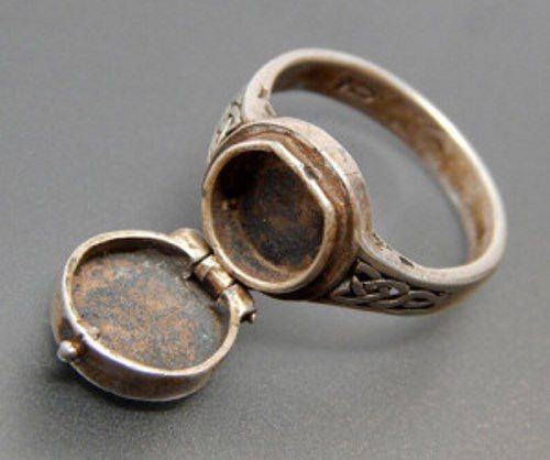 Silver Ring of Borgia