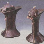 In the XVI century, the aristocracy of Italy and France wore shoes on wooden stands up to 25 centimeters high