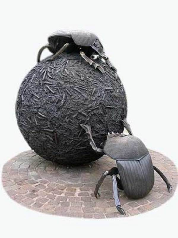Monument to the scarab beetle of the London Zoo