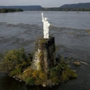 Replica of the Statue of Liberty on the Susquehanna River in Dauphine, Pennsylvania, USA