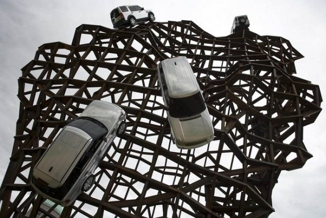 Goodwood. Monument to Land Rover cars