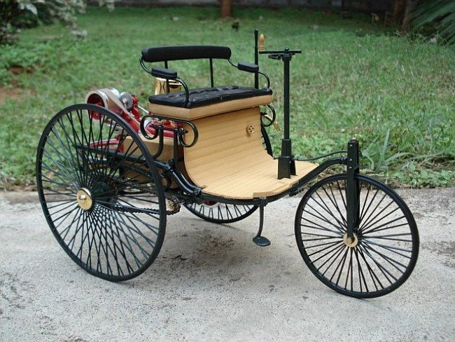 Motorwagen by Carl Benz