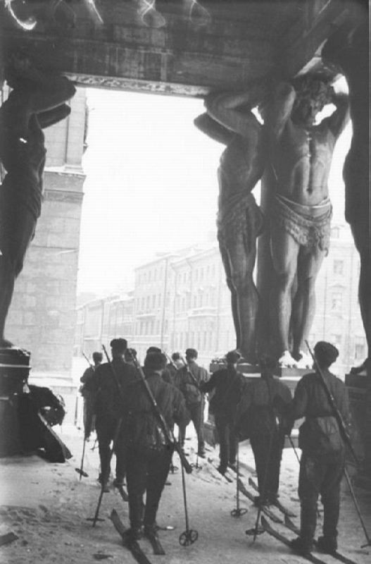 Red Army men-skiers at the Atlantis figures of the New Hermitage in besieged Leningrad
