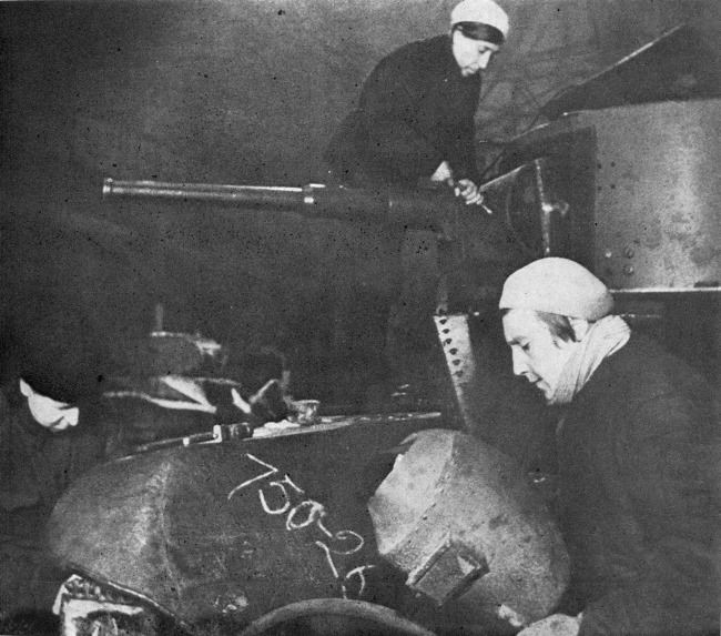 Women repair BT-5 tanks at one of the Leningrad plants